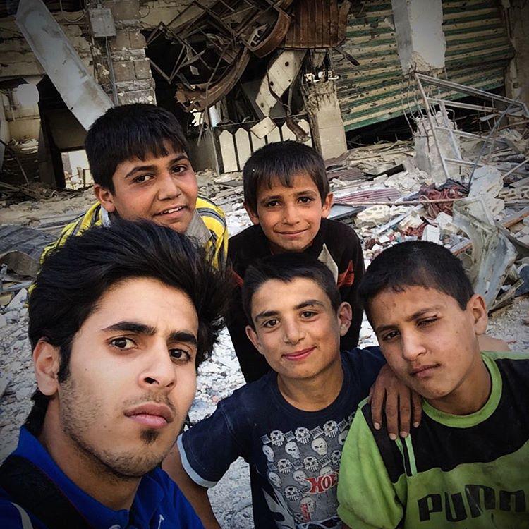 SyrischeKidsSelfie